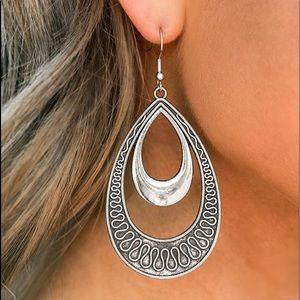 Sahara Sublime - Silver Necklace